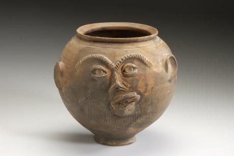 Romeinse gezichtsurn tijdelijk te zien in Stadsmuseum Woerden